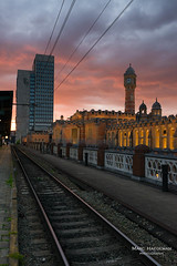 Gent-Sint-Pieters (Marc Haegeman Photography) Tags: gent ghent vlaanderen flanders belgium stations railways sunset belgië marchaegemanphotography nikon nikond800 clouds railwaystation train