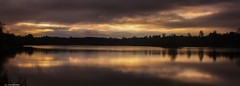 Sunrise on linlithgow loch (John Campbell 2016) Tags: sunrise linlithgow loch westlothian myscotland scotland reflection beautiful morning longexposure canon1300d