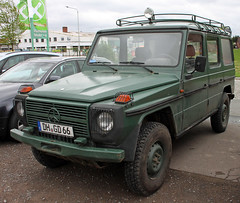 240GD (Schwanzus_Longus) Tags: bruchhausen vilsen german germany spotted spotting carspotting modern car vehicle 4x4 awd 4wd offroad offroader mercedes benz g class wagen wagon 240gd 240 gd