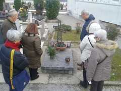 """17.12.02 Una preghiera nel cimitero di Carcano sulla tomba di don Enrico Molteni I° parroco-1 • <a style=""""font-size:0.8em;"""" href=""""http://www.flickr.com/photos/82334474@N06/41229060115/"""" target=""""_blank"""">View on Flickr</a>"""