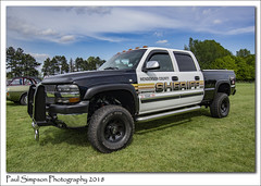 Henderson County Sheriff (Paul Simpson Photography) Tags: chevrolet chevy chevvy paulsimpsonphotography imagesof imageof photoof photosof car americancar policecar sheriff cops copcar carshow normanbypark normanbyhall scunthorpe may2018 sonya77 american pickup transport transportshow sunshine weekend wheretogo northlincolnshire emergency vehicle bluesky hendersoncounty us 911