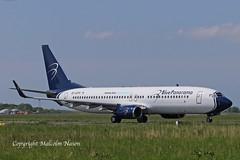 B737-89L EI-GFP BLUE PANORAMA (shanairpic) Tags: jetairliner passengerjet b737 boeing737 shannon irish bluepanorama eigfp