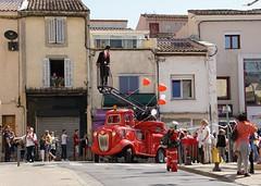 Le Carnaval d'ISTRES (Missfujii) Tags: carnaval défilé costume istres ballon cœur pompier