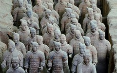 A seven nation army couldn't hold me back [explored 2018-04-27] (Perfect Gnat) Tags: terracotta terracottaarmy army xian shaanxi china archaeology museum statue sculpture portrait man figure unesco
