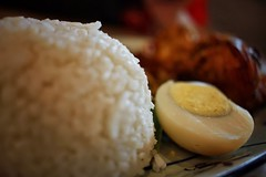 Canon 7D food photo (Xiaole wy & JV William) Tags: canon eos 7d 24mm f28 stm color close up photography traditional asian food south east asia nasi lemak coconut milk rice egg sambal chili smooth silky bokeh light shadow