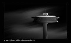 Lighthouse Zero (H. Roebke) Tags: 2018 de canon5dmkiv building germany schwarzweiss gebäude sw urban stadtansicht lighthousezero abstract canonef70200mmf28lisiiusm blackandwhite city blacksky blackwhite lightroom architecture hamburg noiretblanc