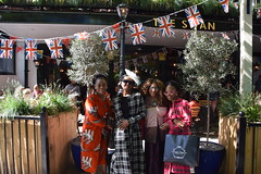 DSC_1866 Wintrade Rest and Recreation at The Swan Pub Bayswater Road  London with Justina Mutale Nicole Ross and Chereena Miller (photographer695) Tags: wintrade rest recreation the swan pub bayswater road hyde park london with justina mutale nicole ross chereena miller