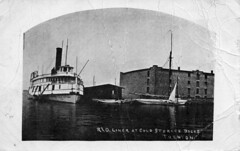 HC03291 (Community Archives of Belleville & Hastings County) Tags: 1900s boats harbours buildings lakes