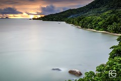 Sunset on Praslin Beach (Fabien Georget (fg photographe)) Tags: beach sunset island longexposure praslin lesseychelles ciel landscape paysage sky blue ayezloeil beautifulearth bigfave canoneos5d canon elitephotography elmundopormontera eos fabiengeorget fabien fgphotographe flickr flickrdepot flickrunited georget geotagged flickunited longue mordudephoto nature paysages perfectphotograph perfectpictures wondersofnature wonders supershot supershotaward theworldthroughmyeyes shot poselongue photography photo greatphotographer granit seascape slowshutter