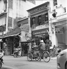 10 (Phan Hữu Lập Photography !♥!) Tags: rolleiflexautomatk4a ilfordhp5plus devlowkey18 locationhanoivietnam