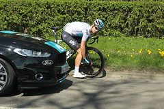 D you have to take that picture? (Steve Dawson.) Tags: 43 jonathandibben teamsky cycling puncture tourdeyorkshire mens cycle race bikes uci tdy randgrange yorkshire england uk canoneos50d canon eos 50d ef28135mmf3556isusm ef28135mm f3556 is usm 5th may 2018 stage3 richmondtoscarborough