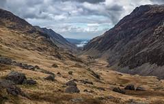 The Llanberis Pass (Kadu Flyer) Tags: llyn llynpadarn llynperis snowdonia pygtrack llanberispass sonyrx100m4 pass lake