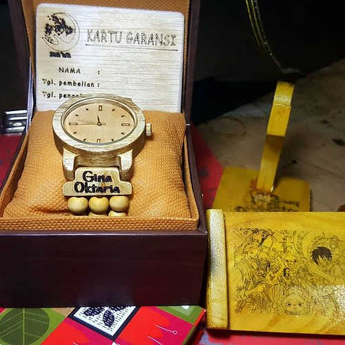 Jam tangan kayu seri May 25, 2018 at 03:39PM