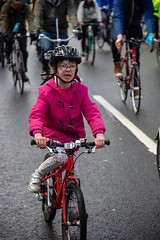 #POP2018  (113 of 230) (Philip Gillespie) Tags: pedal parliament pop pop18 pop2018 scotland edinburgh rally demonstration protest safer cycling canon 5dsr men women man woman kids children boys girls cycles bikes trikes fun feet hands heads swimming water wet urban colour red green yellow blue purple sun sky park clouds rain sunny high visibility wheels spokes police happy waving smiling road street helmets safety splash dogs people crowd group nature outdoors outside banners pool pond lake grass trees talking bike building sport