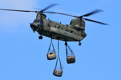 Boeing Chinook HC.5 I ZH897 I 7 Sqn RAF Odiham (MarkYoud) Tags: raf chinook hc5 odiham atf1 usl military transport helicopter heavy lift underslung load keevil joint warrior 181