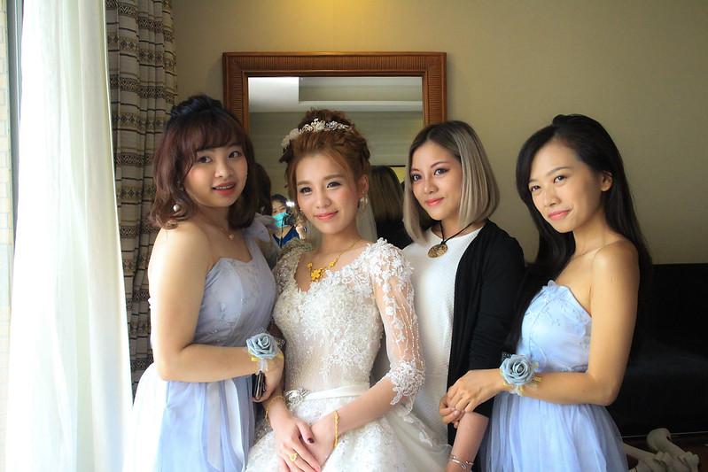 嘉義新秘,訂結新秘,,耐斯王子大飯店,不凋花頭飾 ,可愛花苞髮型,HD高清噴槍底妝