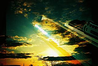 Lomo – UK sunset vs Dubai skyline