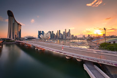 Classic Marina Bay (Scintt) Tags: singapore mbs asm marina bay art science museum water clarity long exposure slow shutter filter golden sunset sun sky clouds dramatic travel tourist attraction exploration movement motion skyline cityscape city urban modern structures architecture buildings offices shenton way cbd scintillation scintt jonchiangphotography hall iconic purple surreal epic wideangle nikon 1424 haidafilter neutraldensity still calm glow light fiery tones rafflesplace nature pond pool pink dusk twilight waterfront sheares helix bridge sands panorama stitched