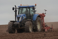 New Holland T6070 Tractor with a Kuhn Combiliner Venta LC302 Seed Drill & HR3004 Power Harrow (Shane Casey CK25) Tags: new holland t6070 tractor kuhn combiliner venta lc302 seed drill hr3004 power harrow onepass blue cnh nh watergrasshill one pass spring barley traktor trekker traktori tracteur trator ciągnik sow sowing set setting drilling tillage till tilling plant planting crop crops cereal cereals county cork ireland irish farm farmer farming agri agriculture contractor field ground soil dirt earth dust work working horse horsepower hp pull pulling machine machinery grow growing nikon d7200