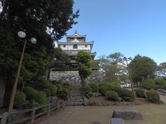Nino vN1 _orig_LG (Hazbones) Tags: iwakuni yamaguchi yokoyama castle kikkawa suo chugoku mori honmaru ninomaru demaru wall armor samurai spear teppo gun matchlock map ropeway
