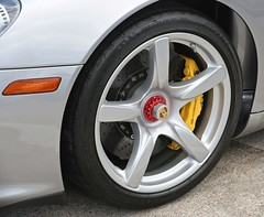 Wheel 2005 Porsche Carrera GT Coupe (Bill Jacomet) Tags: keels and wheels concours delegance lakewood yacht club seabrook tx texas 2018 wheel 2005 05 5 porsche carrera gt coupe