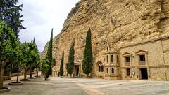 Santuario de la Virgen de la Esperanza, Calasparra (Carlos SGP) Tags: españa es regiondemurcia murcia santuario eglise church calasparra virgen rocas gruta virgendelaesperanza
