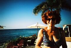Cozumel (cranjam) Tags: lomo lca lomography film slide xpro expired kodak elitechrome100 mexico messico yucatán hotelb cozumel caribbeansea mare sea beach spiaggia quintanaroo mum mamma angela