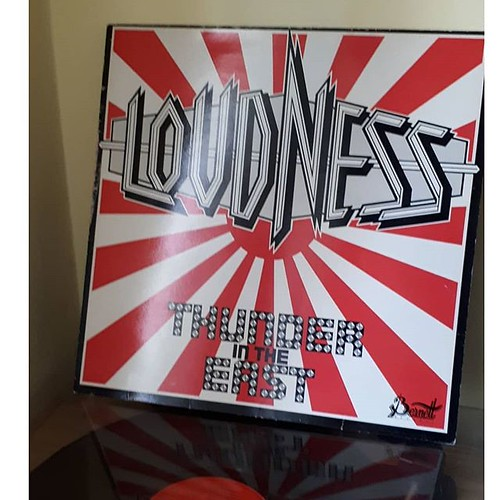 LOUDNESS 画像4