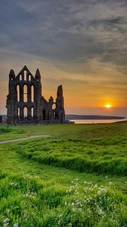 Setting sun...  Took this quick shot of Whitby Abbey on my S9+