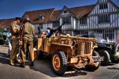 Jeeps outside the Guildhall (Steve.T.) Tags: lavenham suffolk jeep guildhall guildhalllavenham reenactment reenactor usarmy ww2 secondworldwar worldwartwo nikon d7200 vehicle iconicvehicle willysjeep soldiers army lavenham1940sweekend lrdg desertvehicle militaryvehicle