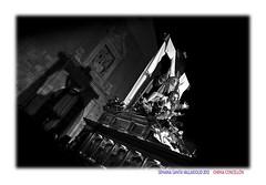 Sellado con sombras (Chema Concellón) Tags: chemaconcellón semanasanta hollyweek easter valladolid valladolidcofrade castilla castillayleón españa spain europa europe blancoynegro blackandwhite 2012 fotógrafo fotografía procesión cofradía penitencial piedad nuestraseñoradelapiedad nocturno