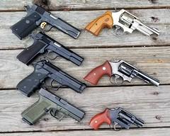 20180409_094759 (Slick_Rick77) Tags: beretta centurion 92fs 9mm luger colt 1991a1 1911 45acp meusoc browning hipower mkiii 40sw polymer80 glock 19 gen3 smith wesson 224 model 1950 1917 n frame revolver sw 10 38spl k chiefs special j