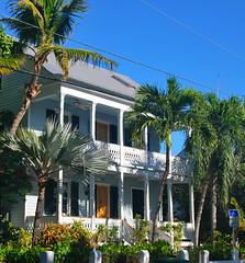 Key West (Florida) Trip 2017 0326Ri (edgarandron - Busy!) Tags: florida keys floridakeys keywest building buildings