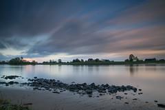 131 seconds (PhotoChampions) Tags: wolken elbe river clouds langzeitsbelichtung sunset