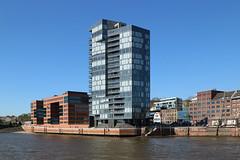 Riverside Development Hamburg 21 April 2018 (The McCorristons) Tags: germany hamburg deutschland april 2018 waterfront harbour river elbe riverelbe