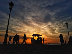 20180425_200142-01 (i.savvidi@ymail.com) Tags: greece thessaloniki streetphotography street ngc sunset sea samsunggalaxys7 macedoniagreece makedonia timeless macedonian macédoine mazedonien μακεδονια македонија