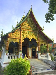 Doi Inthanon National Park (Steve Arena) Tags: thailandbirding2017 thailand 2017 nikon d750 chiangmai doiinthanon doiinthanonnationalpark buddha buddhism gold statue god beautiful temple wat