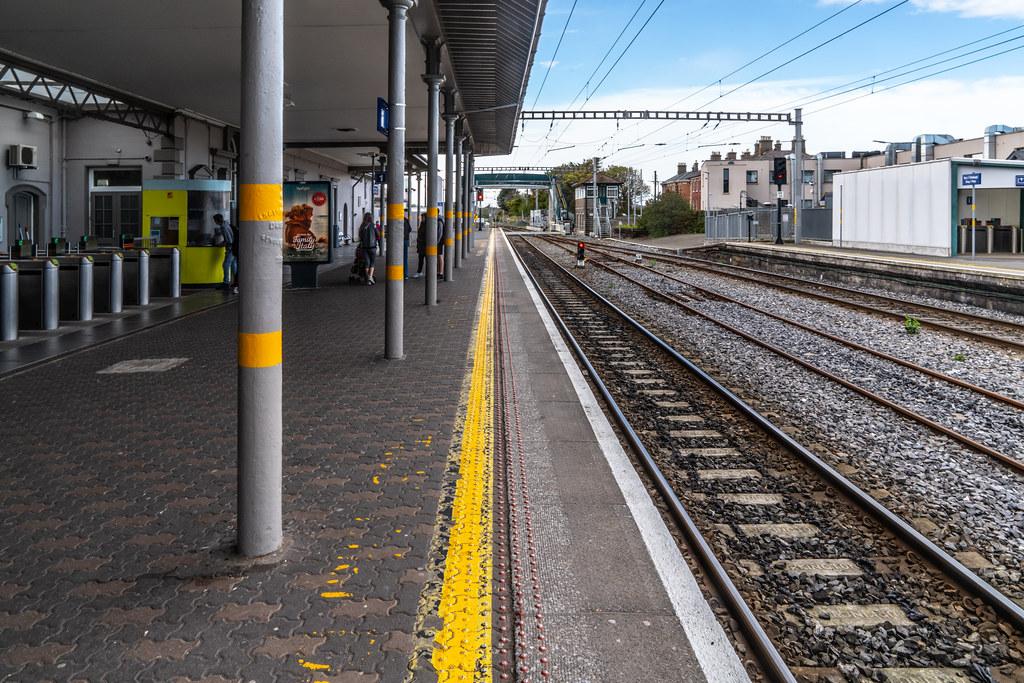 BRAY DALY RAILWAY STATION [COUNTY WICKLOW]-139472