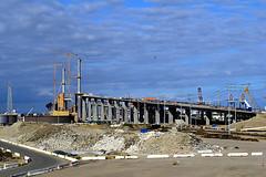 DSC_5700-61 (jjldickinson) Tags: nikond3300 103d3300 nikon1855mmf3556gvriiafsdxnikkor promaster52mmdigitalhdprotectionfilter freeway terminalislandfreeway ca47 ca103 longbeach portoflongbeach polb harbor longbeachharbor bridge geralddesmondbridgereplacementproject tower geralddesmondbridge longbeachgeneration longbeachgeneratingstation lbgs smokestack powerplant