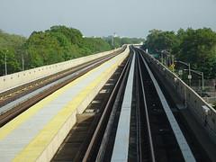 AirTrain to JFK Airport, New York City (iainh124a) Tags: iainh124a newyork ny nyc manhattan bigapple sony sonycybershot dschx90 dschs90v cybershot dx90 dx90v