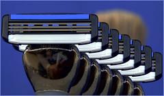 7-up - Ready4theDay (Thomas Rausch (!)) Tags: macromondays readyfortheday razorblade rasierer nass rasierklinge pinsel shaver inarow inreihundglied aufgereit spalier macro makro closeup