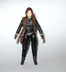VC119 jyn erso star wars the vintage collection star wars rogue one basic action figures 2018 hasbro c (tjparkside) Tags: jyn erso star wars vintage collection tvc vc vc119 119 basic action figures 2018 hasbro figure thevintagecollection mosc sniper rifle pistol blaster stock vest holster kenner rogue one 1 story