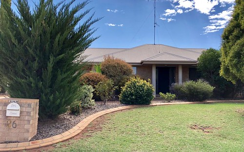 36 Dunvarleigh Ct, Griffith NSW 2680