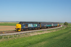 37419 Reedham 07/05/18 - 37419 leads 2J83 across Reedham Marshes on Bank Holiday Monday. The superb weather across the weekend created a gaggle of photographers at this location, including another two people with poles. (rhayward92) Tags: 37419 drs direct rail services abellio greateranglia 2j83 reedham marshes class 37