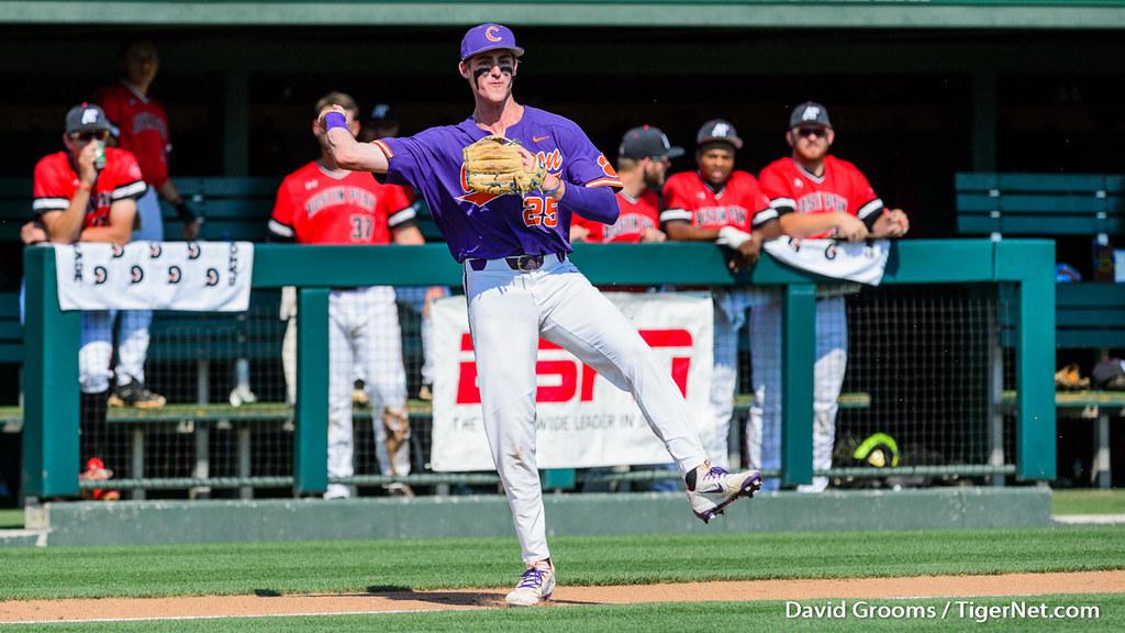 Clemson Photos: Patrick  Cromwell, 2018, Baseball, austinpeay