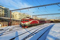 IR 1593 (19jimmy84) Tags: snow winter 4775835 ea bucuresti railway cfr