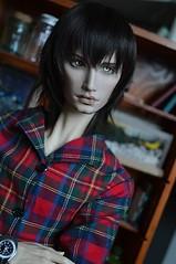 Nice shirt (Soelle Cloud) Tags: dolls bjds shirt richard simplydivine