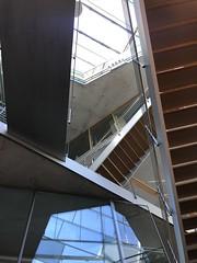 Durcheinander (Berliner1963) Tags: concrete steel wood beton stahl holz glass glas banister geländer stairway treppen akademiederkünste pariserplatz mitte berlinmitte berlin germany deutschland