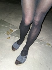 Black tights on chilly night in the park (sexylexi4fun7) Tags: black tights heels cd crossdresser smooth legs