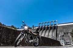 早明浦ツーリング (Hiro_A) Tags: sameura sameuradam dam kochi tosa shikoku japan architecture sky bike motorcycle motorbike sr400 yamaha touring sony rx100m3